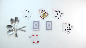 How to Play Spoons (Card Game)